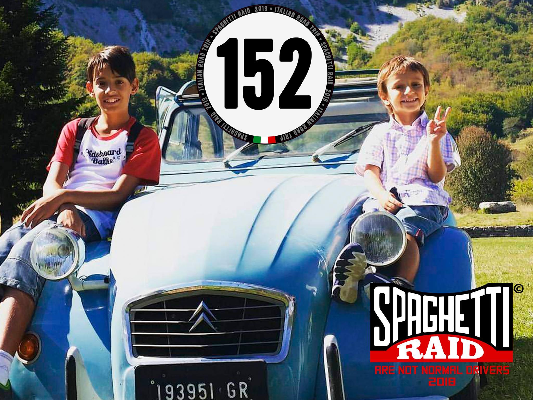 Team: I NOMADI #152 CITROEN 2CV del '82 Città: La Spezia