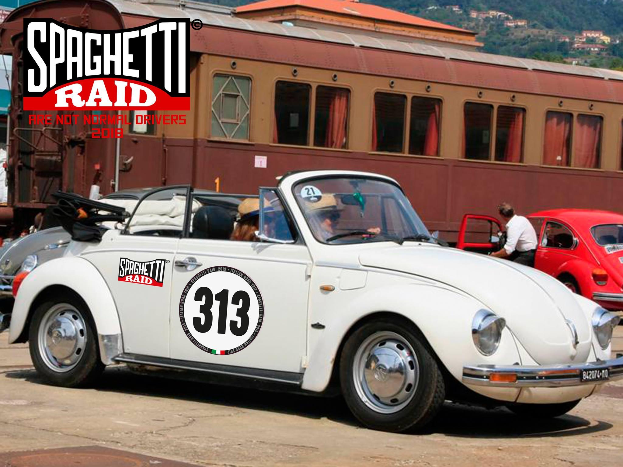 Team PASSIONE MAGGIOLINO #313 VW MAGGIOLONE CABRIO del '76 Città: La Spezia